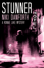 Stunner - A Ronnie Lake Mystery